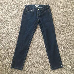 White House | Black Market Noir Ankle Jeans Size 2